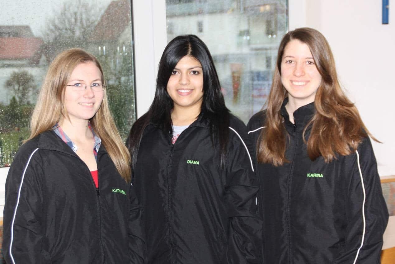 Kreismeisterin Katharina Wallisch, Diana Jurgeit und Karina Ackermann (von links)