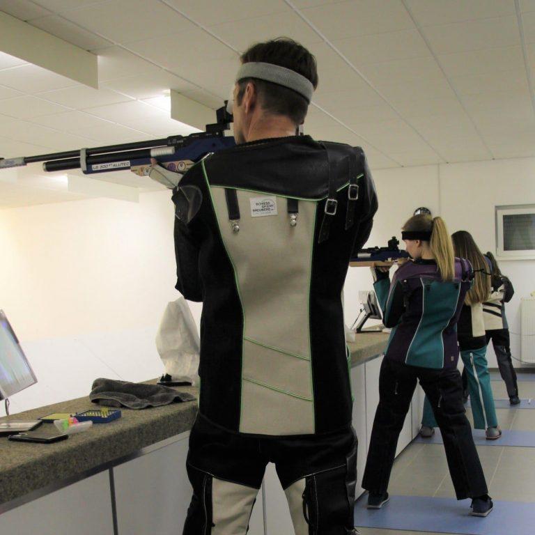 Wettkampf ohne Gegner: Hüttenfelds Luftgewehrschützen bei ihrem ersten Wettkampf unter Corona-Bedingungen